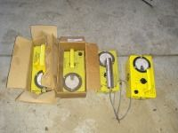 SET OF FOUR VICTOREEN GEIGER COUNTER, CONDITION UNKNOWN