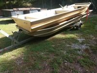 SET OF TWO 13-FT FLAT BOTTOM BOATS IN ONE HIGHLANDER TRAILER, ALSO COMES WITH TWO 15 HORSEPOWER JOHNSON MOTORS CONDITION UNKNOWN, BOAT VINS MC74761D585 THE SECON VIN FMC69249K85. no visible Vin on trailer