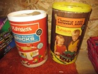 LINCOLN LOGS & BUILDING BRICKS- USL