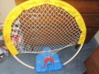 LARGE FISHER PRICE BASKETBALL GOAL- USL