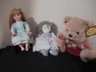 PORCELAIN DOLL & TEDDY BEAR - USR