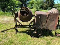 Cement mixer with no engine. Number 41218. 3.5 HP S. Mixer