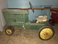 JD 10-20 series pedal tractor