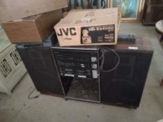SR 3000 series stereo w/ speakers & JVC HR-S5400