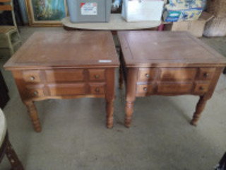 (2) matching vintage end tables