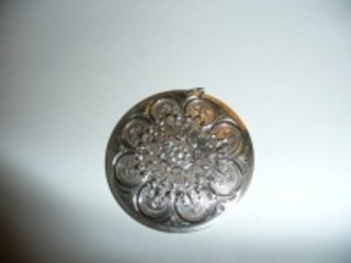 1978 STERLING SILVER TOWEL ORNAMENT