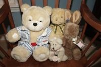 STUFFED ANIMALS INCLUDING BOYDS BEARS, APPLAUSE, TOMMY, AND GUND - LIV