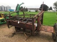 Portable Cattle Squeeze Model R81