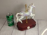 CARLTON CARDS CAROUSEL HORSE MUSIC BOX ON WOODEN BASE, PLACE CAMELOT, NOT WORKING