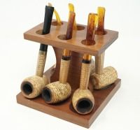 VINTAGE CORN COB PIPES AND STAND
