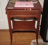 OLD SINGLE DRAWER NIGHTSTAND, MATCHES 1288 - USBR2