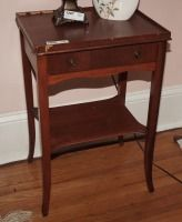 OLD SINGLE DRAWER NIGHTSTAND, MATCHES 1285 - USBR2