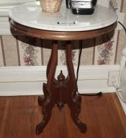 ANTIQUE OVAL MARBLE TOP OCCASIONAL TABLE - USBR3