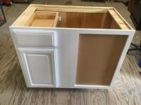 KraftMaid White Vanity Cabinet with Drawer (38.5