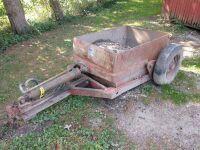 Henry manufacturing company, Kansas one yard pull type dirt scraper, hydraulic lift and dump