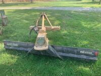Land pride 8 foot 3 pt. blade with hydraulic angle rb3596