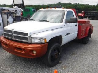 1994 DODGE RAM 3500 S/A FLATBED TRUCK