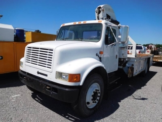 1996 INTERNATIONAL 4900 S/A KNUCKLE-BOOM TRUCK