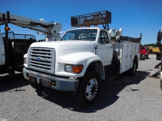 1997 FORD F800 S/A CABLE PLACER TRUCK