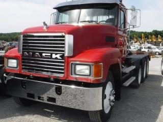 1998 MACK CH613 TRI-AXLE TRUCK TRACTOR
