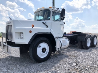 1996 MACK RB688S T/A TRUCK TRACTOR