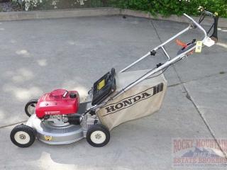 Honda HR215 Self-Propelled Lawn Mower.