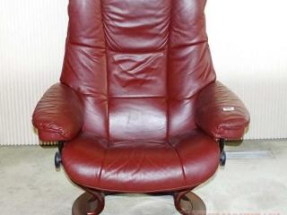 Ekornes Stressless Leather Recliner.