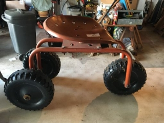 3 Wheel Rolling Seat w/Implement Seat