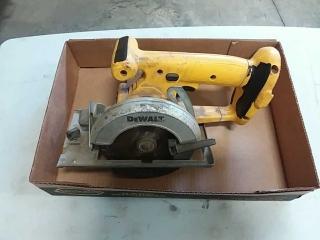 Dewalt DW936 trim saw