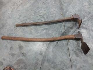 2 pick axes