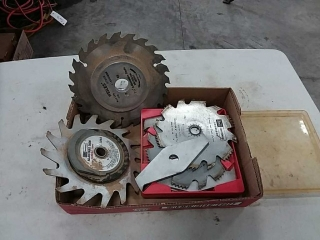 Assortment of saw blades, and cutting bits