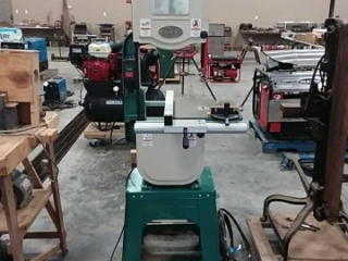 """Grizzly G0555 14"""" Bandsaw"""