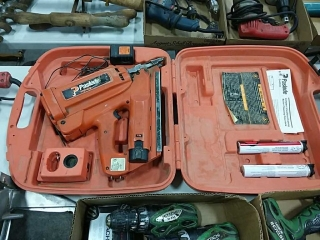 Paslode Impulse cordless nail gun with case