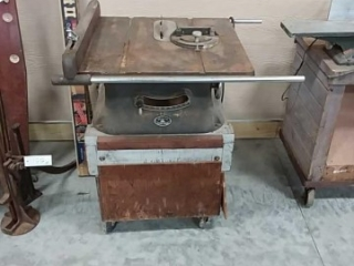 Beaver Power Tools table saw