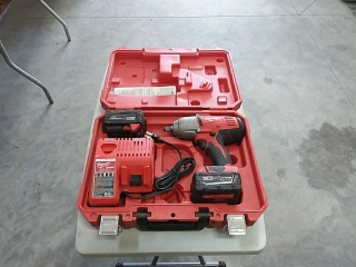 "Milwaukee 1/2"" Impact Wrench, M18, 2 batteries,"