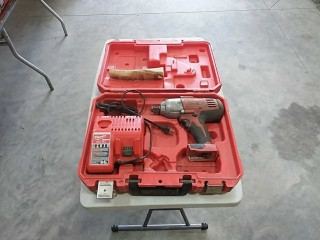 "Milwaukee 3/4"" Impact Wrench with charger and case"