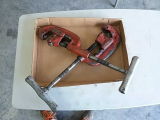 2 Ridgid pipe cutters No.42a - No. 1-2