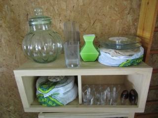 Glassware: 10 lazy susans, Rumtopf