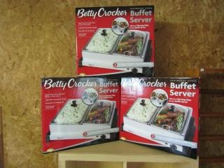 3 Betty Crocker Buffet Servers new