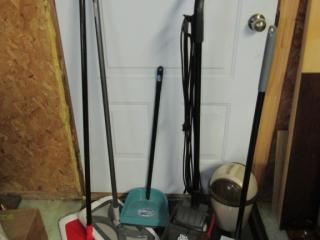 Dirt Devil  Roommate, Hardwood floor dusters,