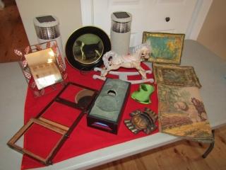 Lot: Mirror, decorative plate- dog, solar lights,