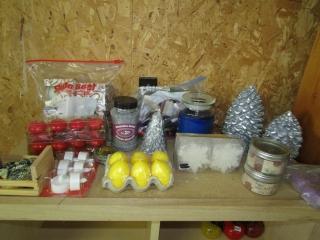 Box lot: Candles, yoyo, decor gravel, and