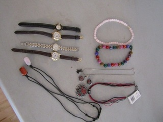 Jewellery lot: Rose Quartx necklace, Necklace and