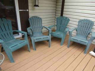 4 plastic Adirondeck chairs