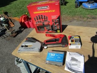 Benchmark screw driver and bit set, and staple