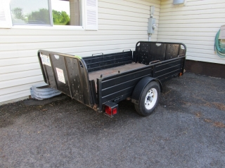 Dump trailer by Strong Box :