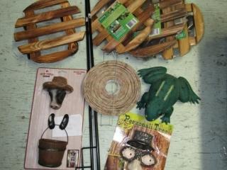 Gardening: Plant stands, hooks,  Tree art,