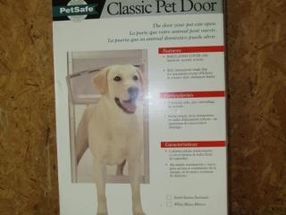 Classic Pet door by Pet Safe