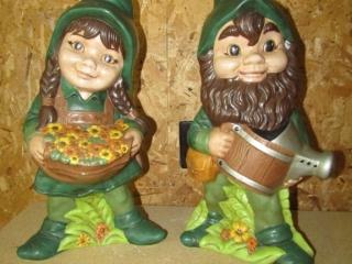 "Pair of gnomes 17.5"" H"