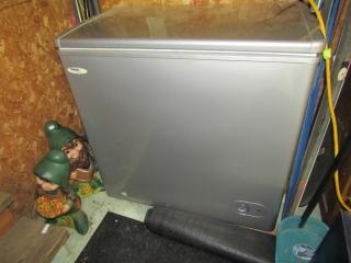 Apartment size freezer Danby